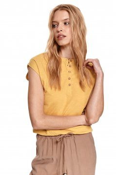 Yellow t-shirt with button accessories casual cotton