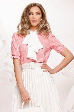 Bluza dama Fofy roz cu buline din voal din voal usor elastic accesorizata cu o fundita maxi