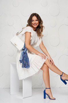 Cloche guipure with ruffle details ivory dress