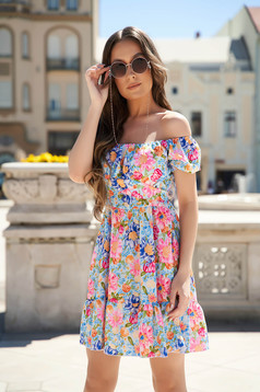 Blue dress with floral print cloche with ruffle details on the shoulders