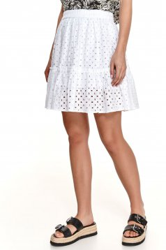 White skirt guipure cloche with elastic waist