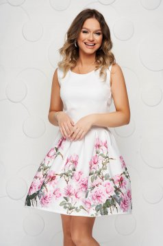White dress with floral print cloche slightly elastic fabric short cut