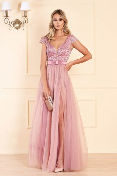 Lightpink dress from tulle cloche occasional slit with sequin embellished details