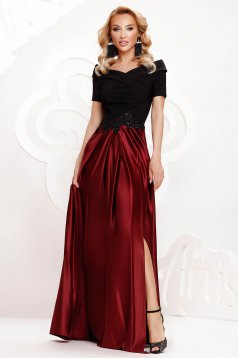 Burgundy dress from satin cloche occasional slit on the shoulders with embellished accessories