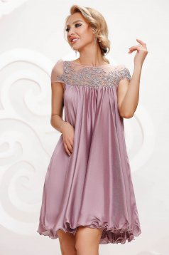 Lightpink dress from veil fabric occasional with lace details with crystal embellished details loose fit