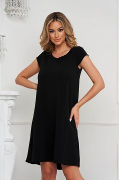 StarShinerS black dress short cut loose fit wrinkled material with cut back