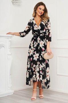 Rochie neagra cu imprimeu floral din voal in clos cu decolteu in v accesorizata cu cordon