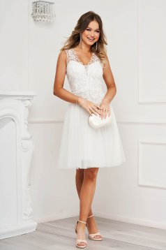 White dress occasional cloche with push-up cups from tulle