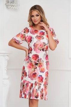 Dress with floral print straight pleats of material