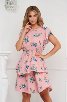 Pink dress midi cloche with elastic waist with ruffle details short sleeves