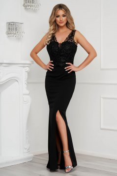 Black dress long pencil with lace details slightly elastic fabric