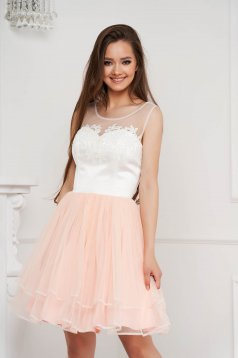 Peach dress short cut occasional from tulle with embroidery details