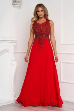 Red dress long occasional cloche from veil fabric sleeveless with embroidery details with embellished accessories