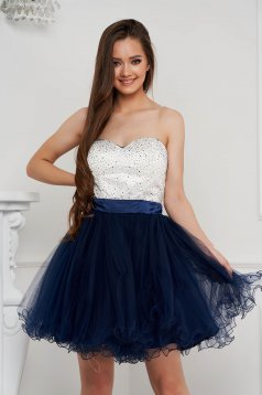 Darkblue dress short cut occasional cloche with crystal embellished details from tulle