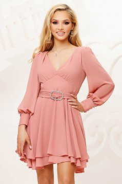 Lightpink dress from veil fabric cloche short cut occasional with puffed sleeves