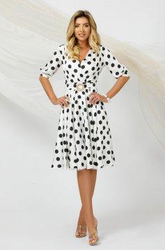 Rochie PrettyGirl eleganta in clos din material vaporos usor satinat cu imprimeu cu buline