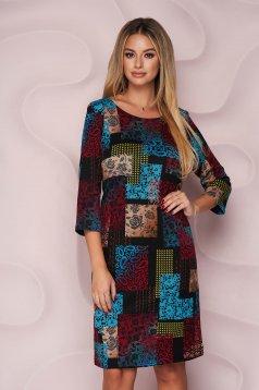 Rochie StarShinerS midi office cu un croi drept din material elastic tricotat cu maneci trei-sferturi