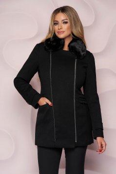 Palton SunShine negru elegant scurt cu un croi drept din stofa accesorizat cu blana ecologica la guler