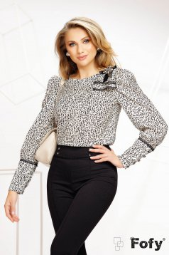 Women`s blouse thin fabric animal print casual nonelastic fabric accessorized with breastpin