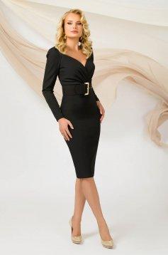 Rochie PrettyGirl neagra office midi cu un croi mulat cu maneca lunga din material subtire cu accesoriu tip curea