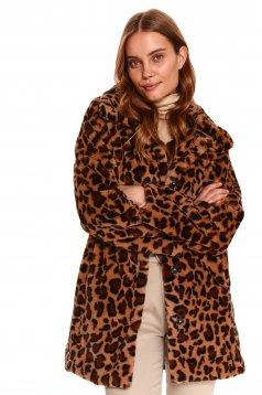 Palton Top Secret negru cu imprimeu animal print cu un croi drept din material gros din blana ecologica si buzunare laterale